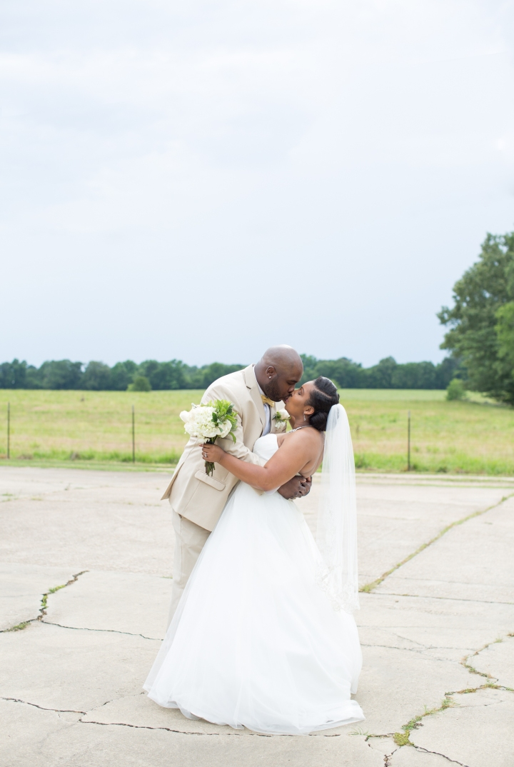 Brittany & Victor | A Southern Timeless Wedding in Canton,MS