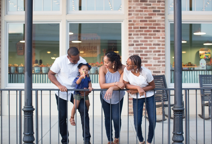 The Mukoro Family | A Summer Family Session at the Town ofLivingston