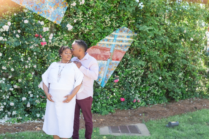 The Moore's | A Springtime Maternity Session