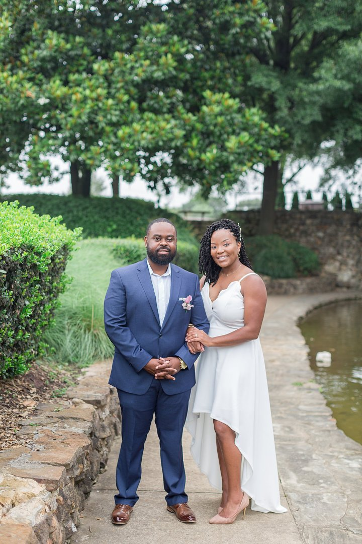 Mr. & Mrs. Ross | An Intimate Wedding at Jim Saucier Memorial Park in Southaven, MS